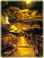 AliSadr Water Cave